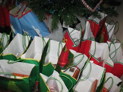 decemeber-fun-christmas-parties-and-program-152